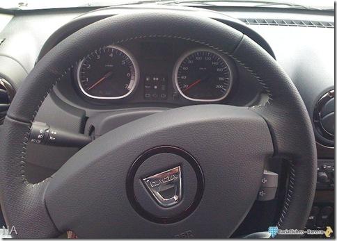 Dacia Duster interior2
