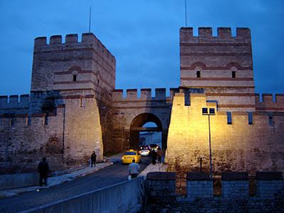 турция истанбул белградска порта