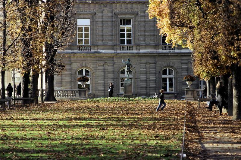 Paris jardin du luxembourg 33photograph - Station metro jardin du luxembourg ...