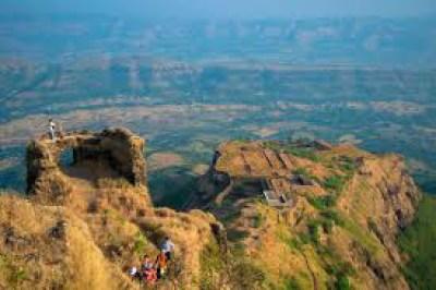 राजगड विषयी माहिती जाणून घेऊया (All Information About Rajgad In Marathi)
