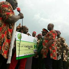 Gov Okorocha Empowers 305 Youth Millionaires In Imo State