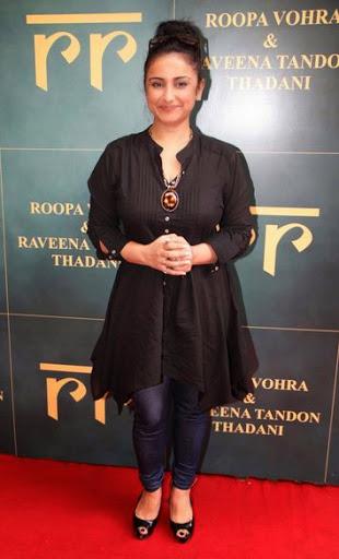 Divya Dutta Height