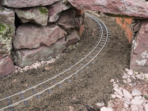 Track in the tunnel