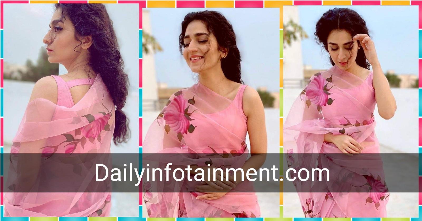 Pinky of Pinky Memsaab Hajra Yamin looks pretty in pink Saree