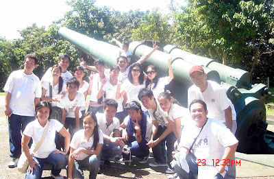 DACDT 2nd year class photo with old cannon as background