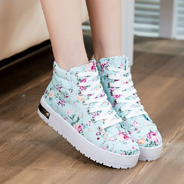 BEAUTIFUL SNEAKERS FOR PRETTY LADIES IN THIS SESSION 7