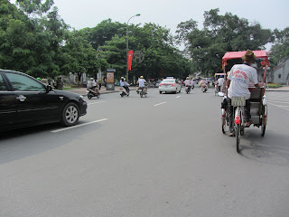 0014Pedicab_Ride_in_Hanoi