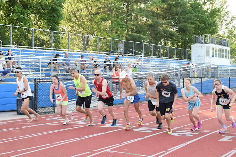 May 25, 2016 - Princeton Community Mile and 4x400 Relay - DSC_0100.JPG