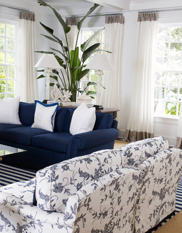 white and blue living room HOME REDESIGN HK: Blue and White Living Room