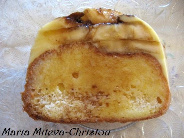 Пудинг (сладкиш) с крем карамел и банани