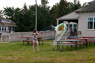 Ferry Beach-Bubbles-32
