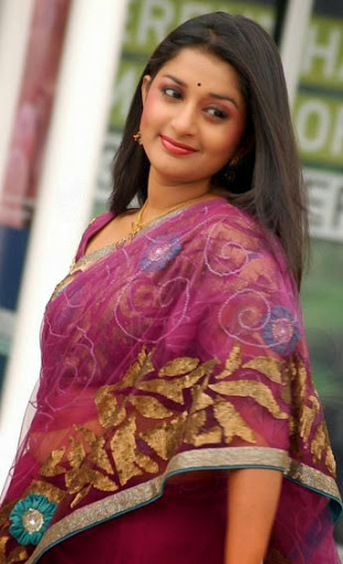 Meera Jasmine Body Size