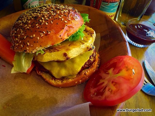 Kua 'Aina Hamburger