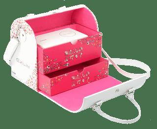 Casio TR10 x Hello Kitty -Box Open.png