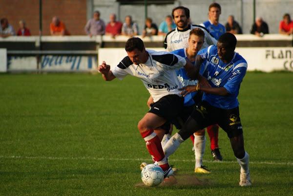 Actiefoto voetbal Roeselare