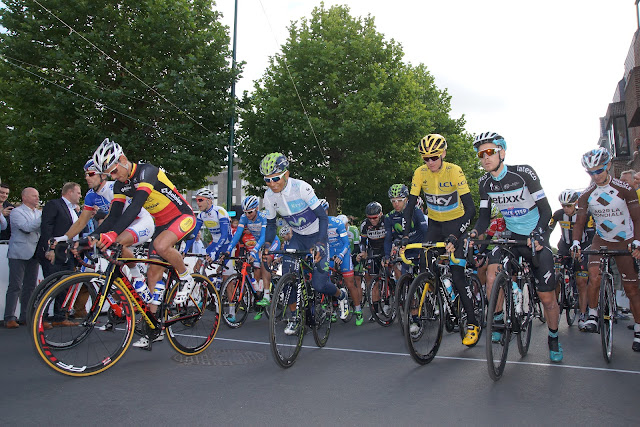 start natourcriterium in Roeselare