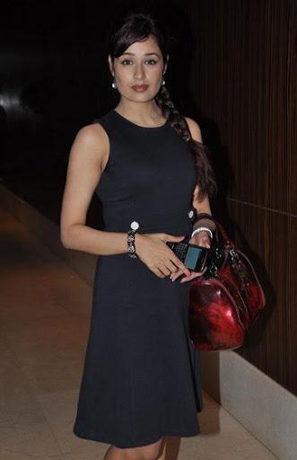Yuvika Chaudhary Weight