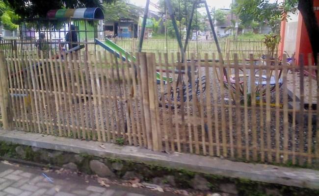 Variasi Pagar Rumah Dari Bambu Dekorhom Resep Kuini