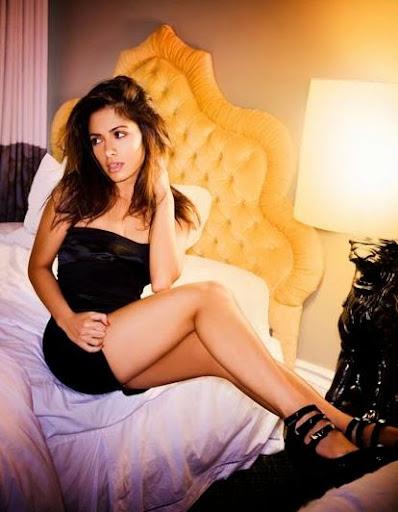 Sarah Shahi Photos