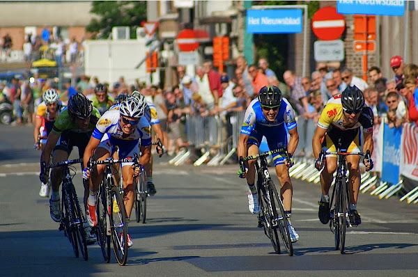 Tom Van Asbroeck wint 2e GP Monseré