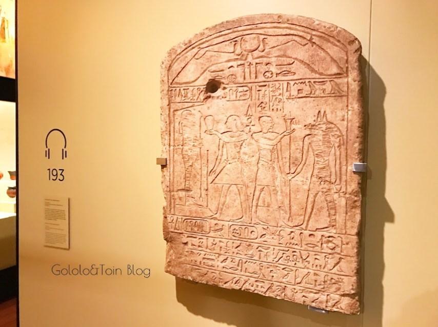 tablas escritura egipcia en el museo arqueológico nacional