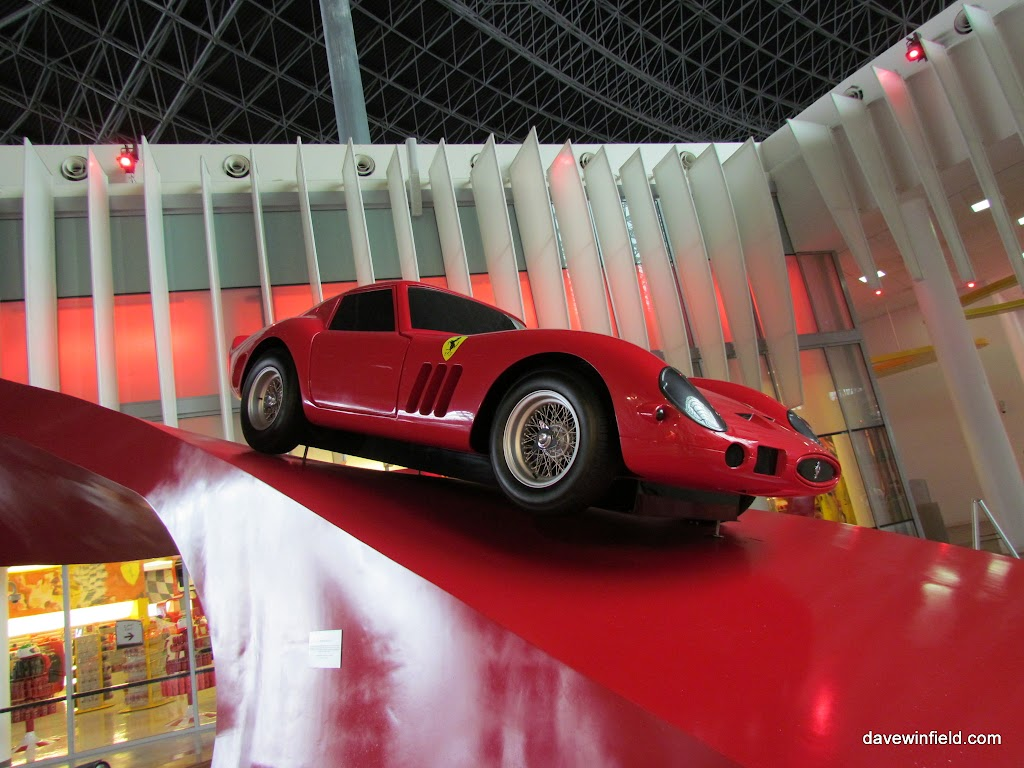 0180Ferrari World