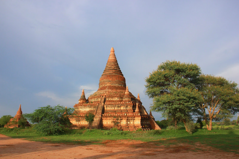 Bagan has old temples dedicated to Buddhism