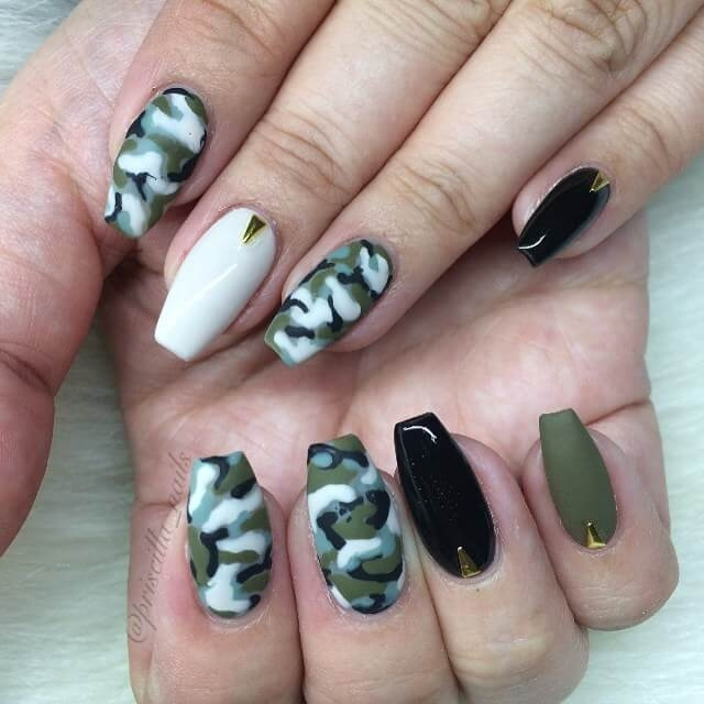 Blushing and Romantic Camouflage Nails - THE BEST CAMOUFLAGE NAIL DESIGNS FOR PRETTY WOMEN Pretty 4