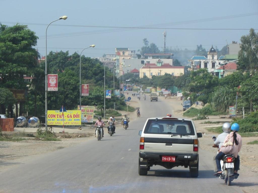 0007The_Road_to_Mai_Chau