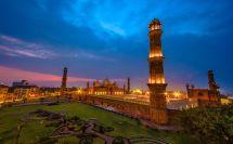 Globe Trotter In Pakistan - Published Silexu Day