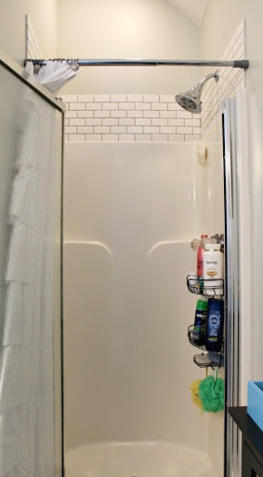 subway-tiled-shower-12