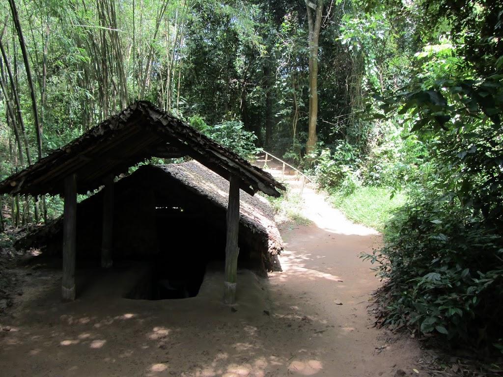0111Cu_Chi_Tunnels
