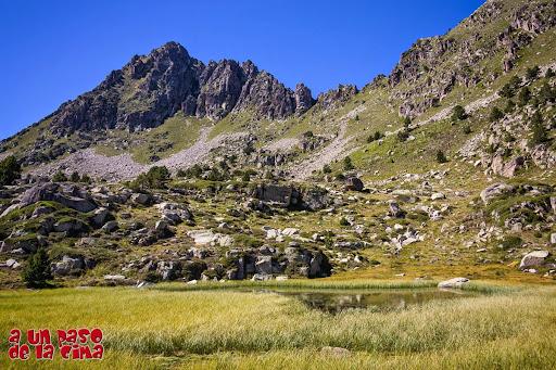 Lago de La Solana. ©aunpasodelacima