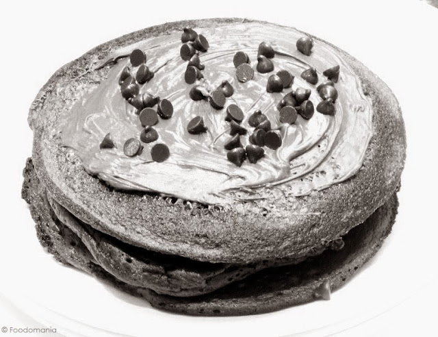 Nutella Pancakes Recipe | Easy Eggless Pancake from scratch written by Kavitha Ramaswamy of Foodomania.com