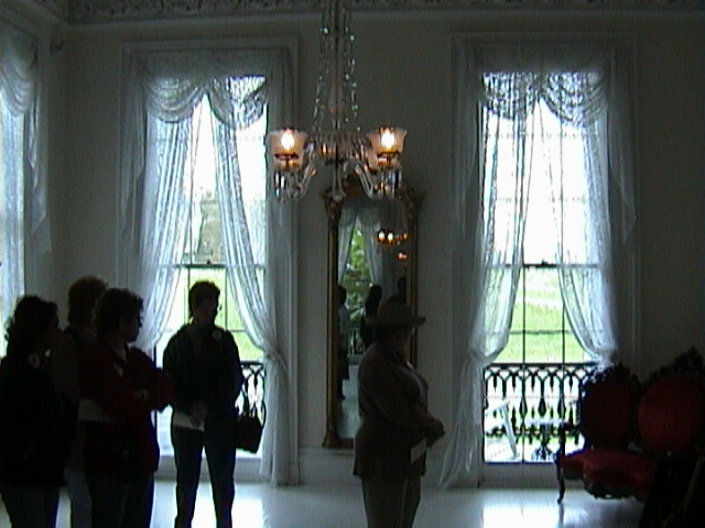 0280Inside_a_Southern_Mansion_-_New_Orleans