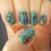 effortless free hand painted nail