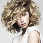 short hairstyles for curly hair 2017