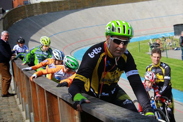 training op de wielerpiste in Rumbeke met Eric Van Lancker