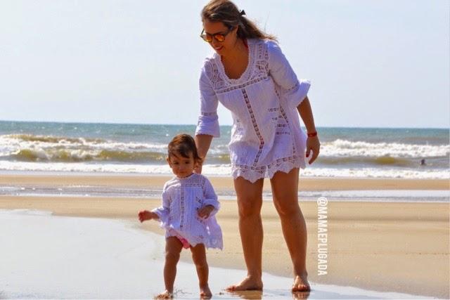 moda praia mãe e filha