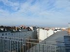 Heute war es soweit mit dem ersten Frost in Wien-Favoriten, in der Früh hatte es -0,5 Grad, und bei viel Sonnenschein steigen die Werte noch auf knapp 4 Grad an. Die aktuelle Temperatur beträgt 3,4 Grad. #wetter  #wien  #favoriten #mittwoch