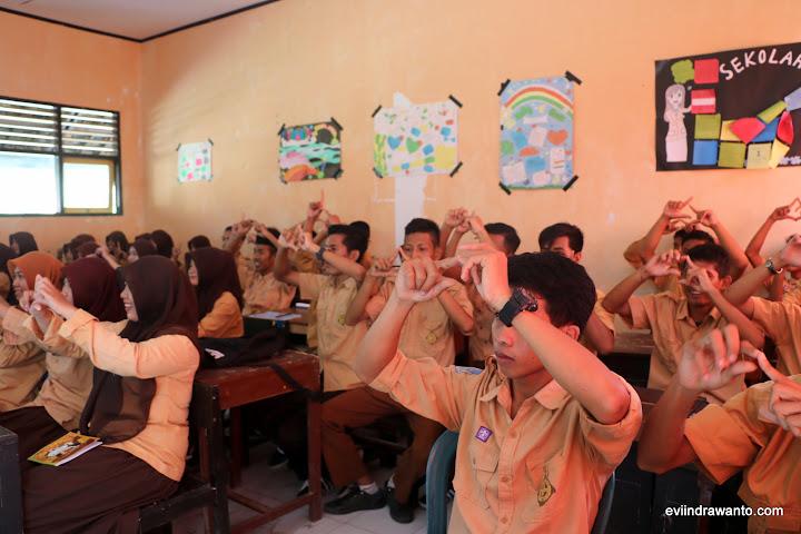 siswa SMU Sekongkang