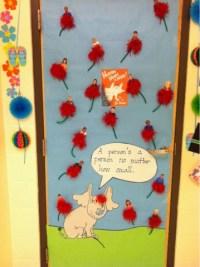 Welcome to First Grade!: Literacy week: door decorating ...