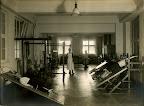AOK-Gebäude in der Frankfurter Straße (heute Jahnallee), Innenansicht, Zander-Institut, Behandlungsraum, 1925, Fotograf: Eduard Krömer (Atelier)