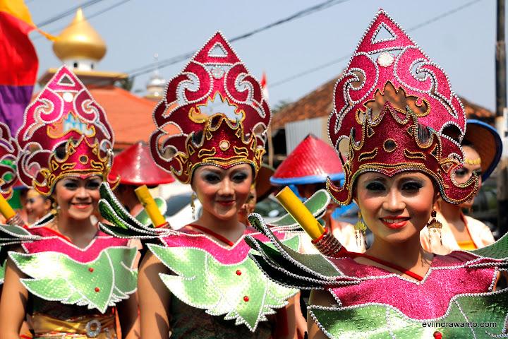 Gadis Lampung dalam Festival Krakatau