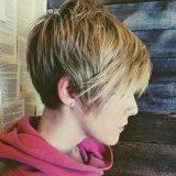 short layered bob pixie hairdo for  2016