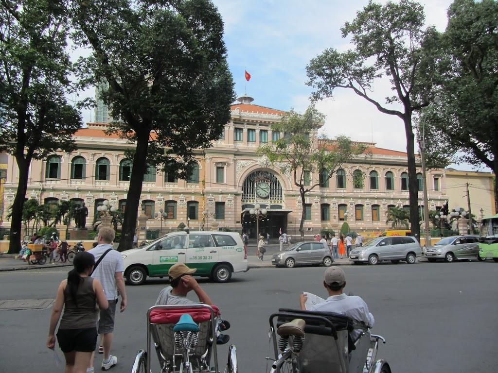 0001Central_Post_Office_-_Saigon