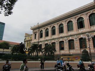0003Central_Post_Office_-_Saigon