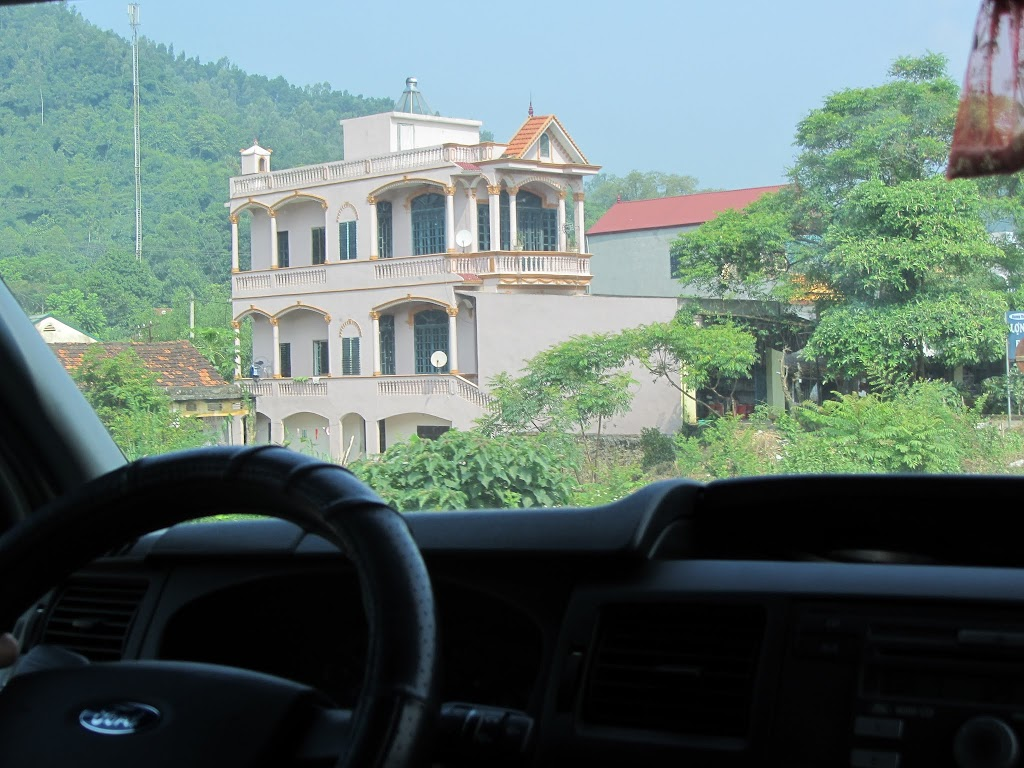 0015The_Road_to_Mai_Chau