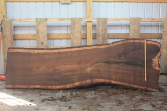 Walnut 296-6  Length 11' Max Width (inches) 42 Min Width (inches) 31 Thickness 10/4  Notes :