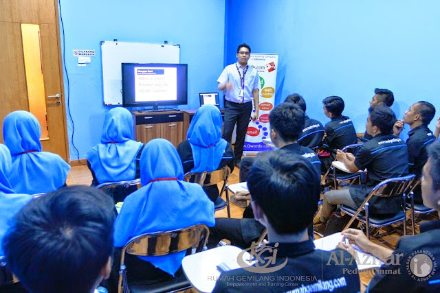 Kelas Desain dan TKJ Factory to Qwords.com - Factory-tour-rgi-Qwords-18.jpg